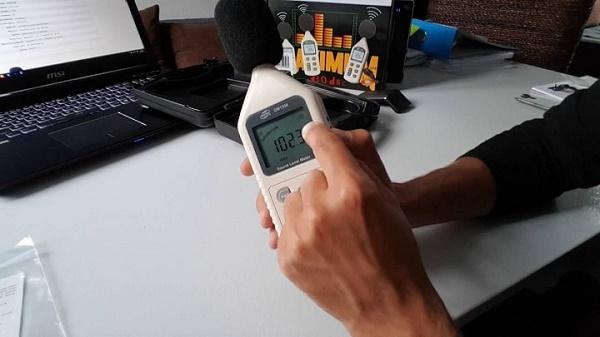 Máy đo cường độ âm thanh nhà yến - Minh họa